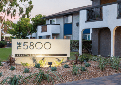 the 5800 apartment homes signage